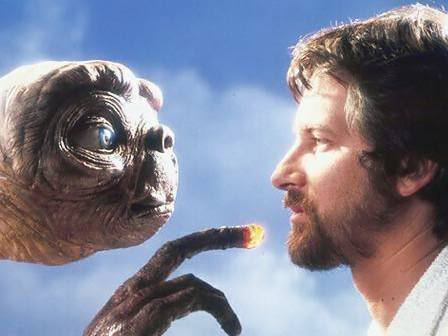 steven-spielberg-face-to-face-with-et