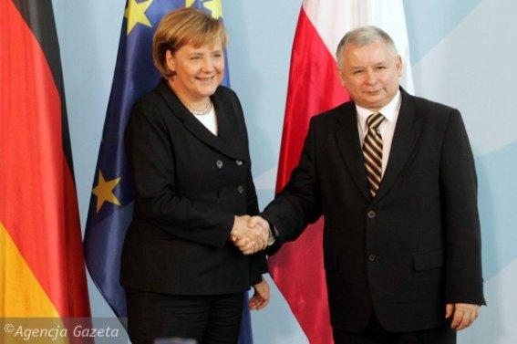 z19090400Q,Angela-Merkel-i-Jaroslaw-Kaczynski-podczas-spotkan.jpg