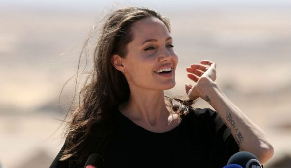 scary-skinny-angelina-jolie-wasting-away-she-reportedly-only-weighs-76-pounds-following-split-with-brad-pitt